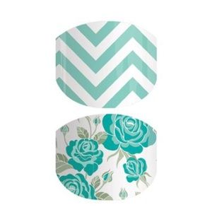Mommy and me jamberry set